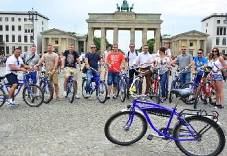 ZWI_06-–-BERLIVERY-Berlin-Attraktion